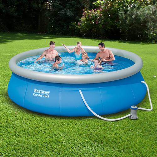 Felfújható peremű medencék