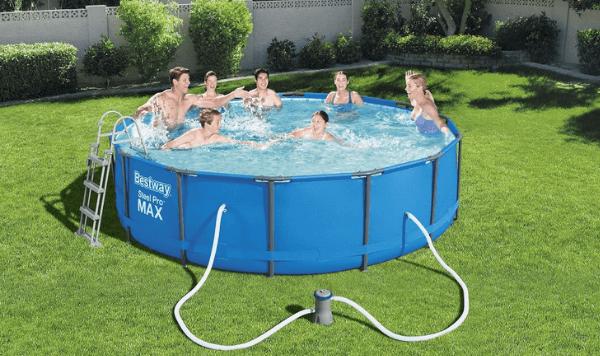 Fémvázas medencék